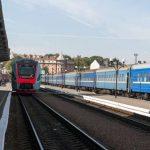 Влітку потяг з Чернівців до Одеси курсуватиме щодня