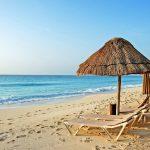 Як комфортно та бюджетно провести відпустку на морі