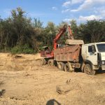 На Новоселиччині вибірка гравію біля Прута набула масштабів екологічної катастрофи. Відео
