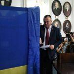 Депутати проголосували за припинення повноважень мера Чернівців Олексія Каспрука
