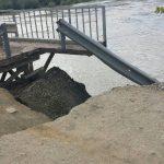 У Герці перекрили рух транспорту на мості через Прут