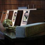Німецький митець Гунтер Демніґ передав чернівчанам «камінь пам'яті». Фото