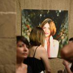 «Зазираючи в душі». У «Вернісажі» відкрилась персональна фотовиставка Юрія Хіця