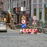 Рух транспорту трьома чернівецькими вулицями обмежать на кілька місяців