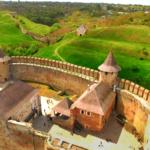 Історія з висоти. Ukraїner опублікував відео про Хотинську фортецю