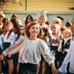 Як пройшло свято Першого дзвоника у чернівецьких школах. Фото