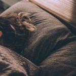 Як налагодити повноцінний сон після літнього відпочинку