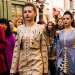 Показ мод і струнний квартет. Як святкували День міста на вулиці Кобилянської. Фото
