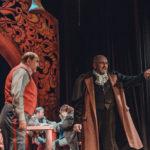 Ревізор у Чернівцях. Як актори львівського театру інтерпретували п'єсу Гоголя