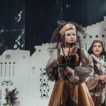 «Різдвяна ніч» і «Кохання у стилі бароко». Що показуватимуть у грудні на сцені драмтеатру імені Кобилянської