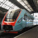 Чернівчани не зможуть придбати квитки на потяги на дати після 9 грудня