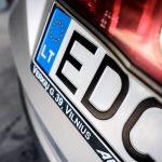 Чернівецька митниця лідирує в Україні за кількістю розмитнених авто на єврономерах