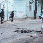 Як отримати компенсацію збитків, завданих автомобілю через погану дорогу