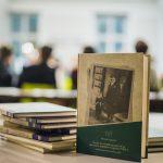 Про моду і сережки шести поколінь. Наталія Гриценко презентувала другу книжку про Чернівці