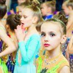 У Чернівцях пройшов парад чемпіонату з художньої гімнастики. Фото