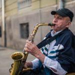 У Чернівцях зіграли сотні виконавців. День вуличної музики у фото
