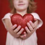 Серце до серця. У Чернівецькій області зібрали рекордну суму на закупівлю кардіообладнання для дітей