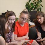У Чернівцях дискутували про демократію та гендерні права