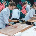 Як у Чернівцях проходив фестиваль вареників. Фото