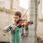 Скрипаль Костянтин Лукинюк зіграє у Чернівцях два концерти