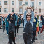Чернівчан запрошують на благодійну ранкову руханку
