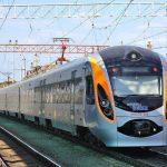 Укрзалізниця відправить 4 потяги, щоб вивезти громадян України з Польщі