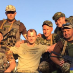 «За звитягу та вірність»: українського футболіста Романа Зозулю нагородили медаллю ООС